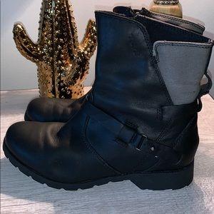 {Teva} De La Vina Boots-Size 7